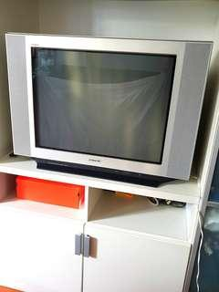 "Sony Flat Screen CRT TV 29"" - Selling Cheap!!"