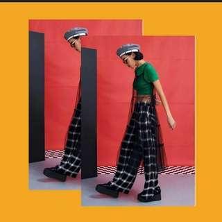 🚚 (9成新) Vii&co 漸層格紋寬褲
