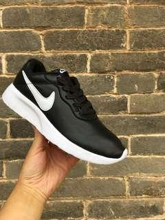 🚚 INSTOCK Black Sports Shoes
