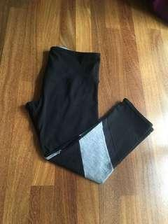 Lorna Jane sport legging 3/4 size S