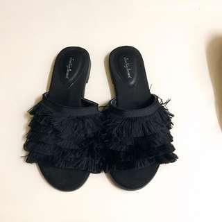 Black sandal #Midsep50