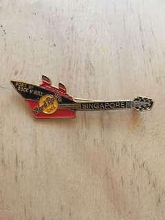 Hard Rock Cafe Singapore Guitar Pin