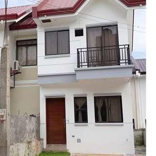 3 Bedroom House and Lot unit beside Sacred Heart Village and Dela Costa II, Quezon City