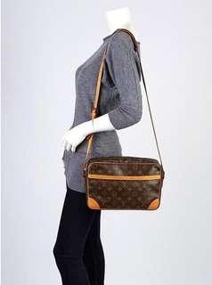 Authentic Vintage Louis Vuitton Trocadero Crossbody GM 30