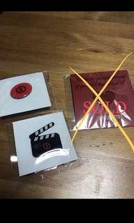 Dior  Giorgio Armani Pins Clap 襟章 $10 each 包本地平郵