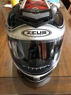 ZEUS 炭纖微安全帽  57-60cm