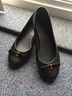 Geox Inspired Black Ballet Flats