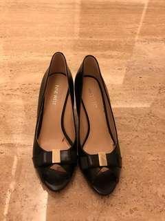 Preloved ninewest ribbon black heels