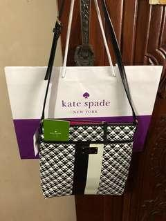 💯% Authentic Kate Spade Keisha Penn Place PVC Crossbody Handbag