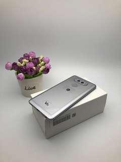LG V20 silver