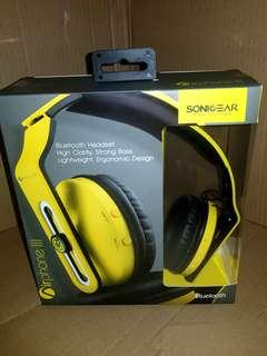 BNIB SonicGear Bluetooth headphones