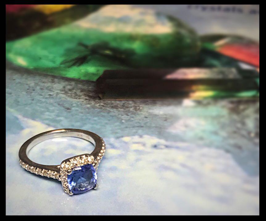 14kt white gold diamond and tanzanite ring