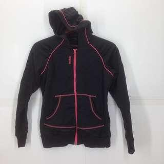 Ladies reebok sweater