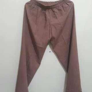 Celana rumbai cewek