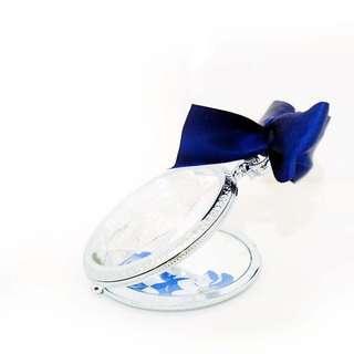 🚚 日本東京迪士尼帶回 仙杜瑞拉造型手拿鏡子 附藍色蝴蝶結 隨身鏡子 珠寶造型 #九月美妝半價