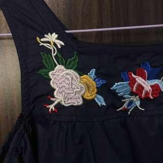 🚚 Floral Embroidery Cold Shoulder