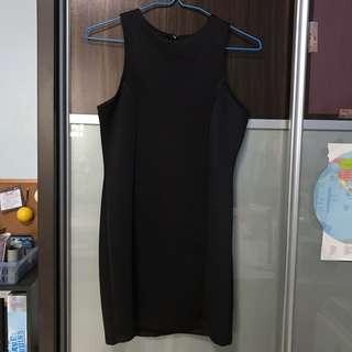 🚚 Black Bodycon Dress