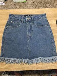USED DENIM SKIRT FREY HEM
