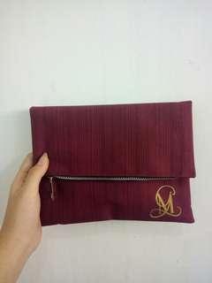 handbag maroon
