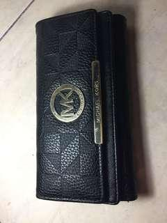 MK purse ( not authentic)