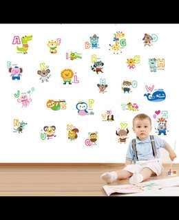 Sticker Dinding Karakter Motif Abjad Untuk Anak