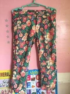 Knee length floral pants