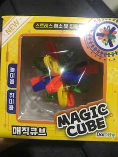 韓國最新智力玩具 Magic cube