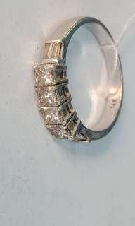 .80 carats Princess Cut Diamond Ring