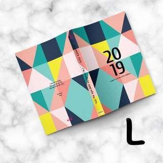 BN Islamic Muslim Muslimah Planner Diary organiser 2019 - colourful triangles