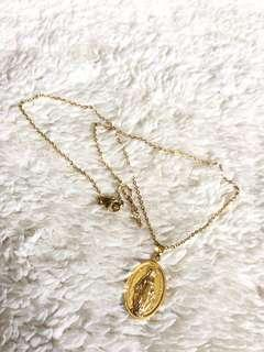 Gold Mama Mary Medallion Necklace