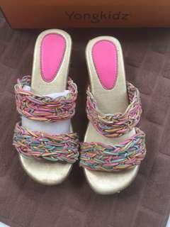 Yongkidz sandal