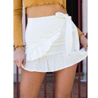 Rumor Off-White Wrap Mini Skirt Size 6