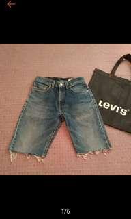 🚚 LEVI'S 水洗 抽鬚 高腰 5分短褲 牛仔短褲 男女可穿
