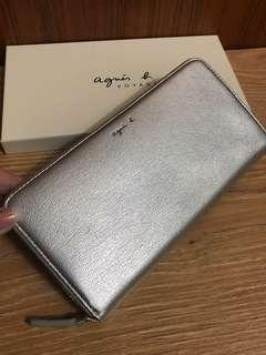 全新 agnes b. 銀色 真皮 ㄇ型 拉鏈 長夾 拉鍊款 牛皮 保證真品 正品 皮夾 女用 小b. 聖誕節 日本限定