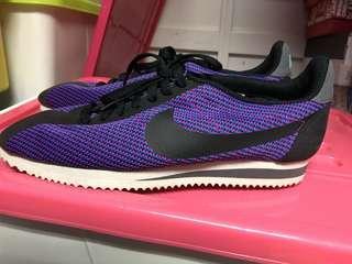 Nike 紫色鞋