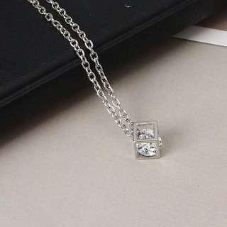 Scarley square box crystal necklace