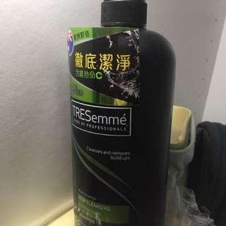 TRESemme 維他命C深層清潔洗髮露