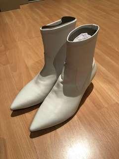 Pedder Red White Boots