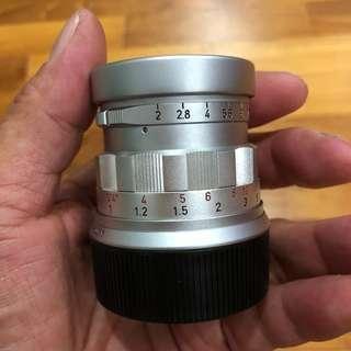 Leica Summicron Rigid 50mm f2 (#1660)