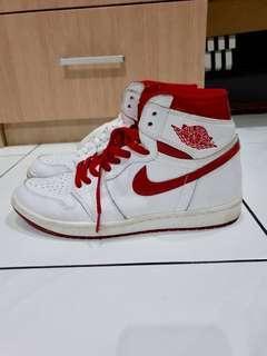 Air Jordan 1 Metallic Red sz 43 9/10