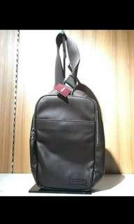 slingbag man ori hushpuppies SALE