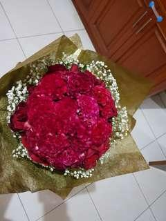 Hand boquet flower