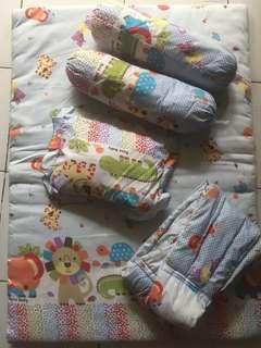 Kasur matras baby+bantal+guling+gendongan