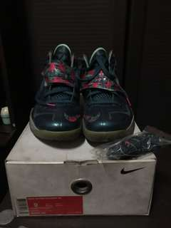 new concept e1bcf 6c801 Lebron 7 Soldier Power Couple Green Glow (with unused extra laces) Size 9