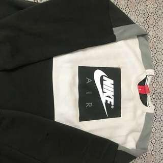 Nike sweatshirt new