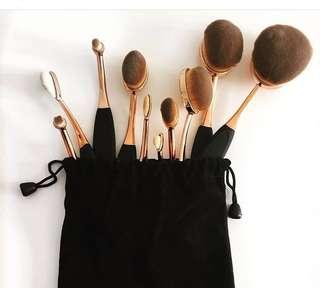 FREE POSTAGE - 10 piece oval makeup brush set - rose gold and black - brand new