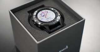 Garmin Fenix 5 Plus Sapphire (Black with Black Band)