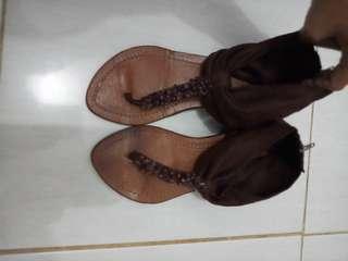 Sepatu santai size 37