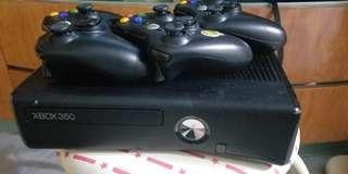 Xbox360 250GB 連3手掣+17隻game