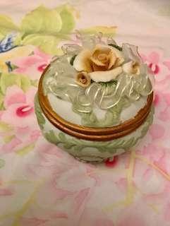 手飾陶瓷盒
